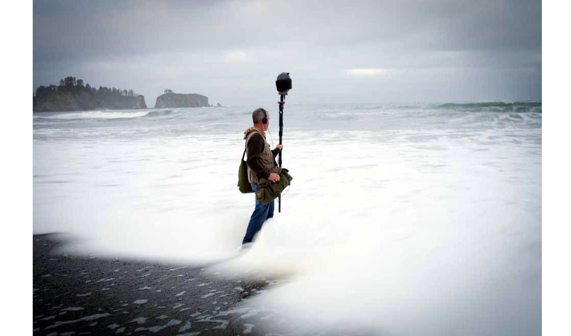 Recording wave and ocean sounds - field recordist Gordon Hempton braves the icy water