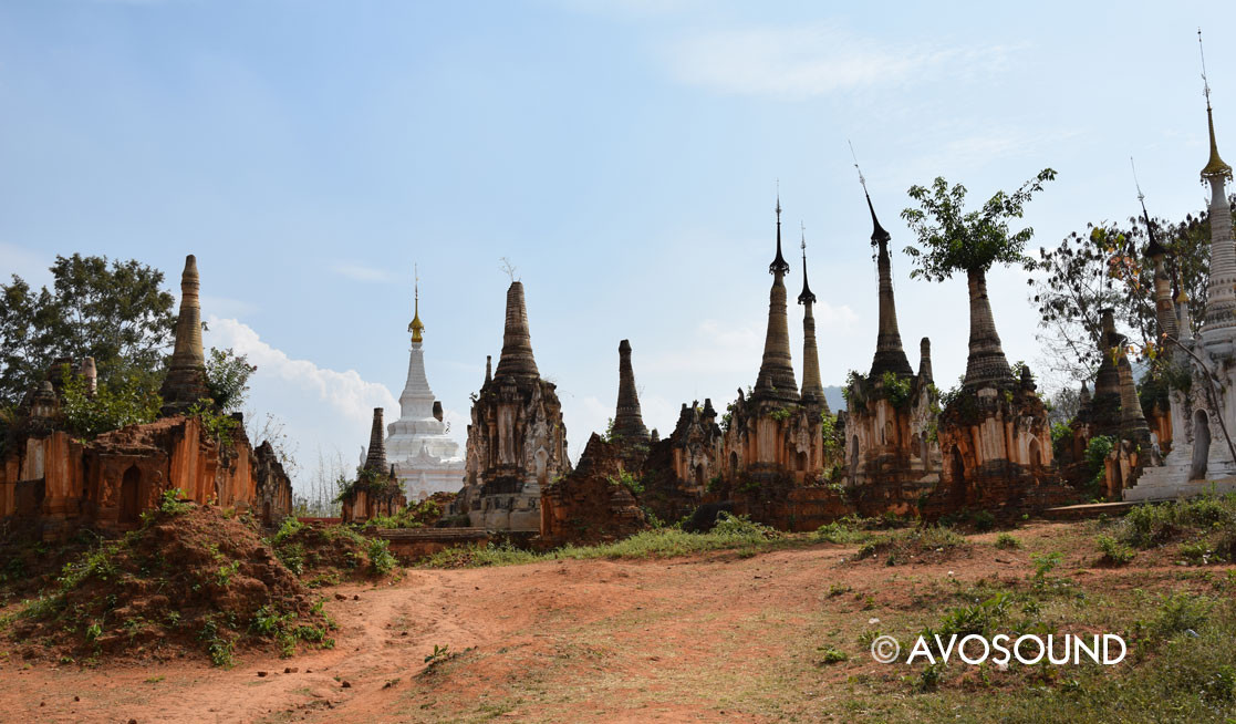 Pagoda field of Indein - Inle lake
