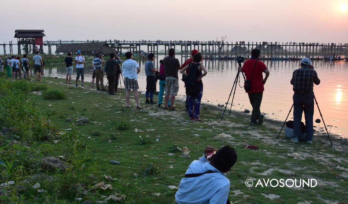 Die U Bein Bridge in Mandalay ist die längste Holzbrücke der Welt - einst komplett mit Blattgold überzogen