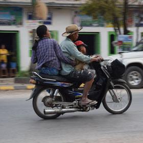 Travel Log Myanmar On the Scooter through Mandalay