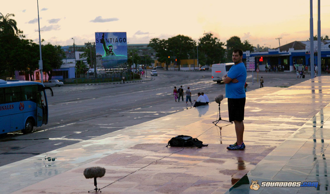 Sounddogs Background Sound Library - Rob Nokes makes sound recording in Santiago de Cuba